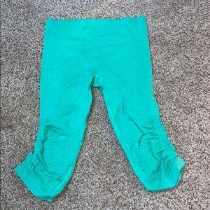 Lululemon Capri cinch leggings!